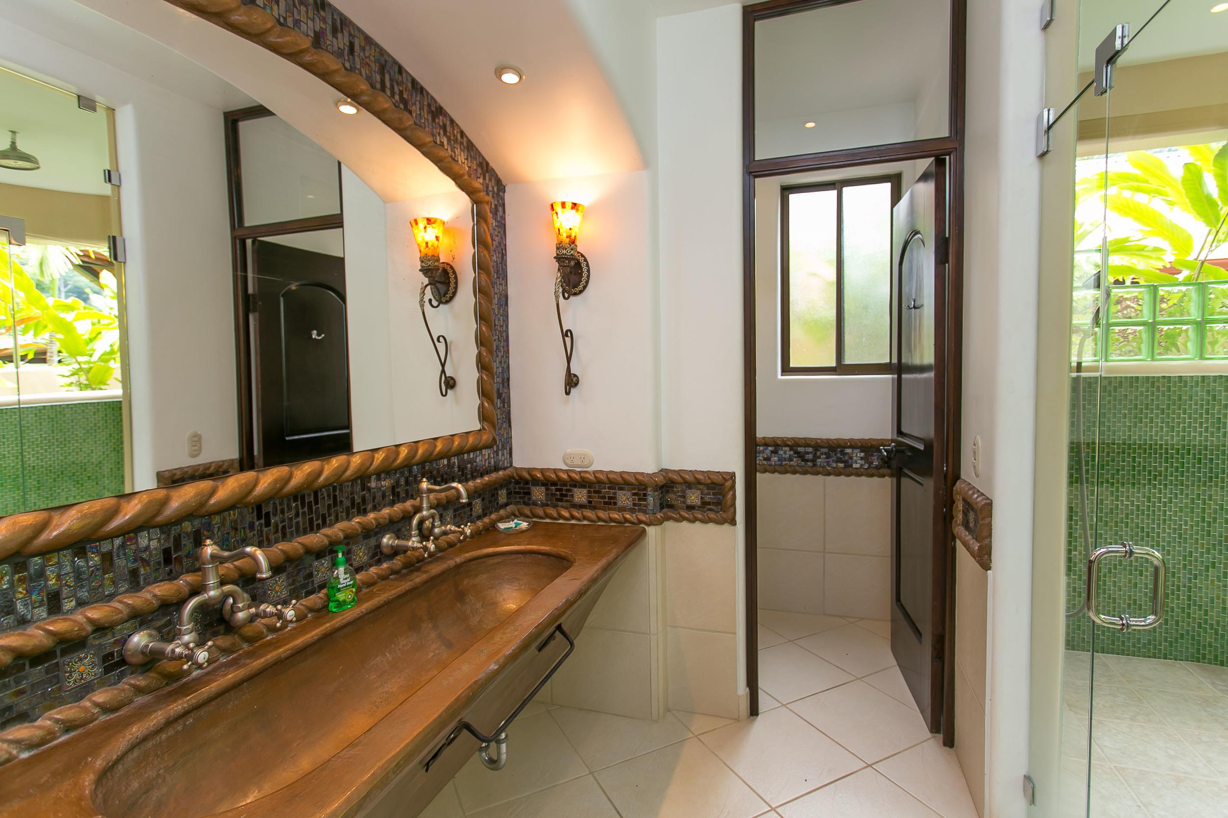 Suite Master Bathroom.jpg