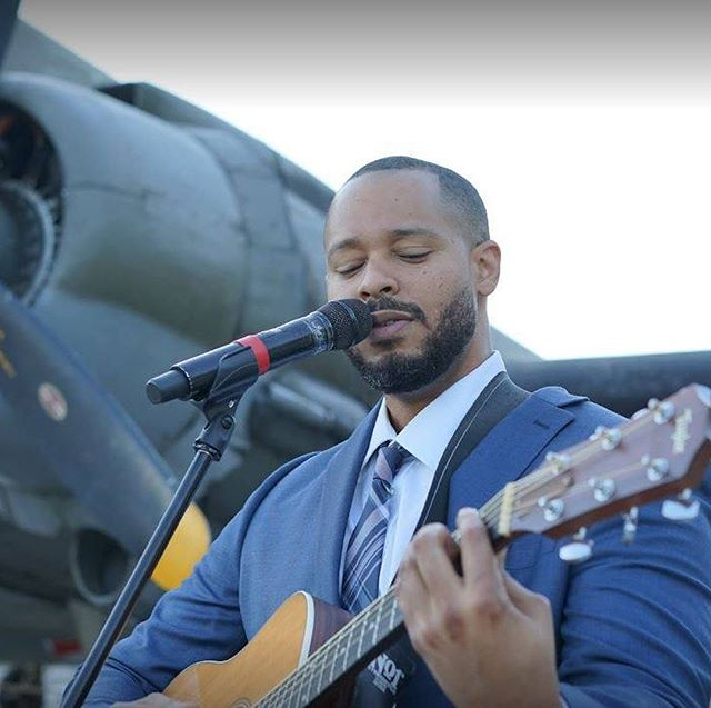 We're excited to have @musicbyroderick and food from Foundation Sandwich Shop at this Friday's edition of Lunch at the Loop! Enjoy your lunch outside with a side of free live music. Noon to 2pm. Friday = Lunch at the Loop!