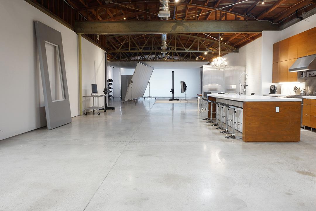 Overall Studio f.jpg