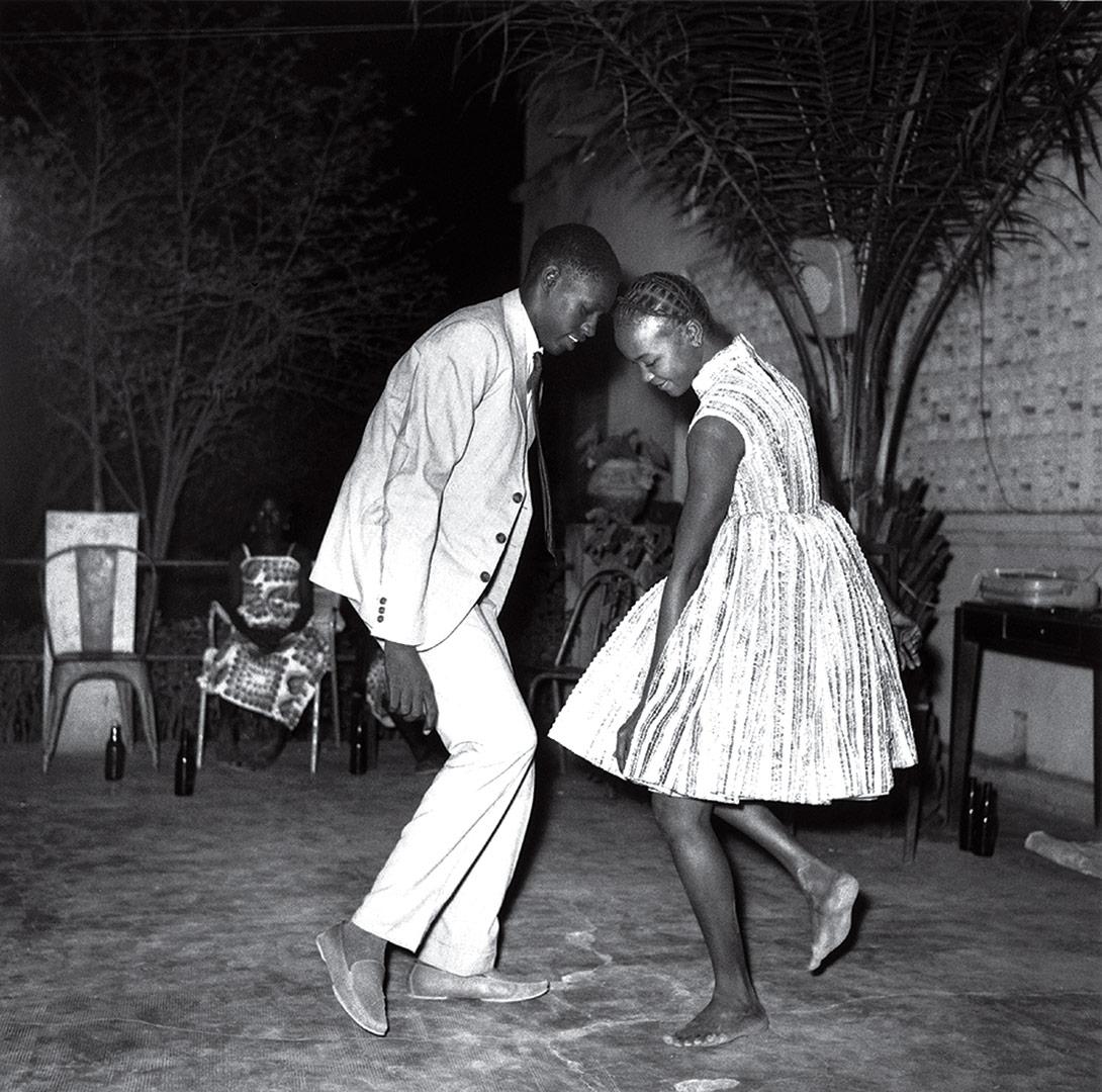 time-100-influential-photos-malick-sidibe-nuit-de-noel-happy-club-51.jpg