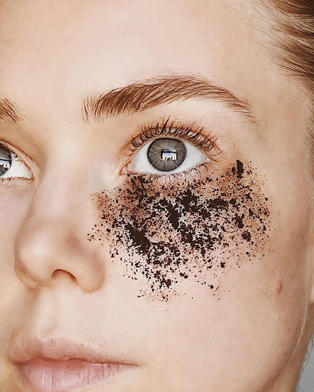 Best under-eye treatment for dark puffy eyes. Let it sit for 10-15minutes while the caffeine and coconut stimulates and nourishes your tired skin.