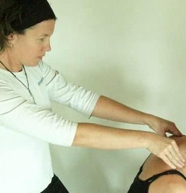 chair-massage-in-workplace.jpg