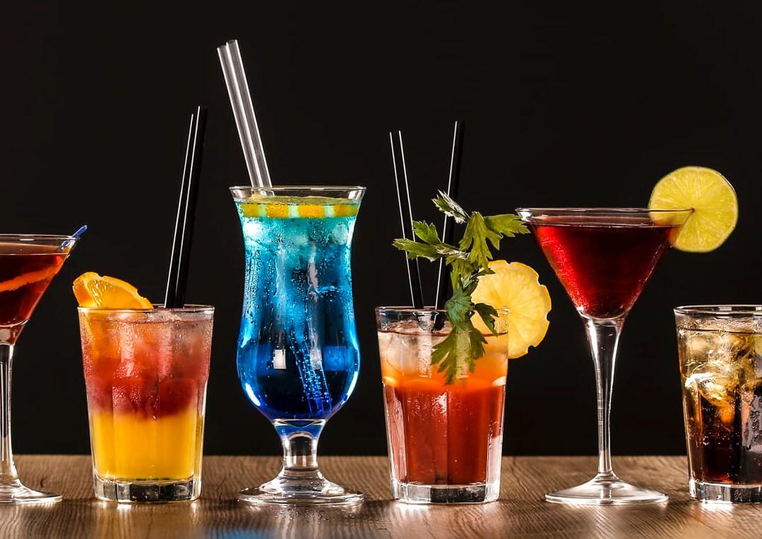 cocktails seafood restaurant