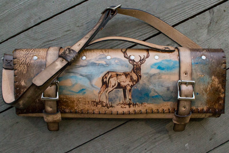 deer-in-the-mist-custom-leather-chef-roll-7.jpg