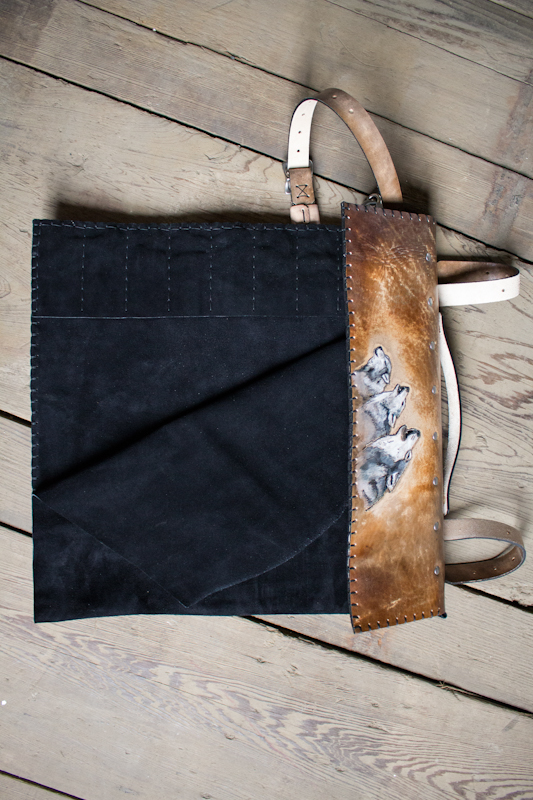 wolves-howling-leather-knife-roll-6.jpg