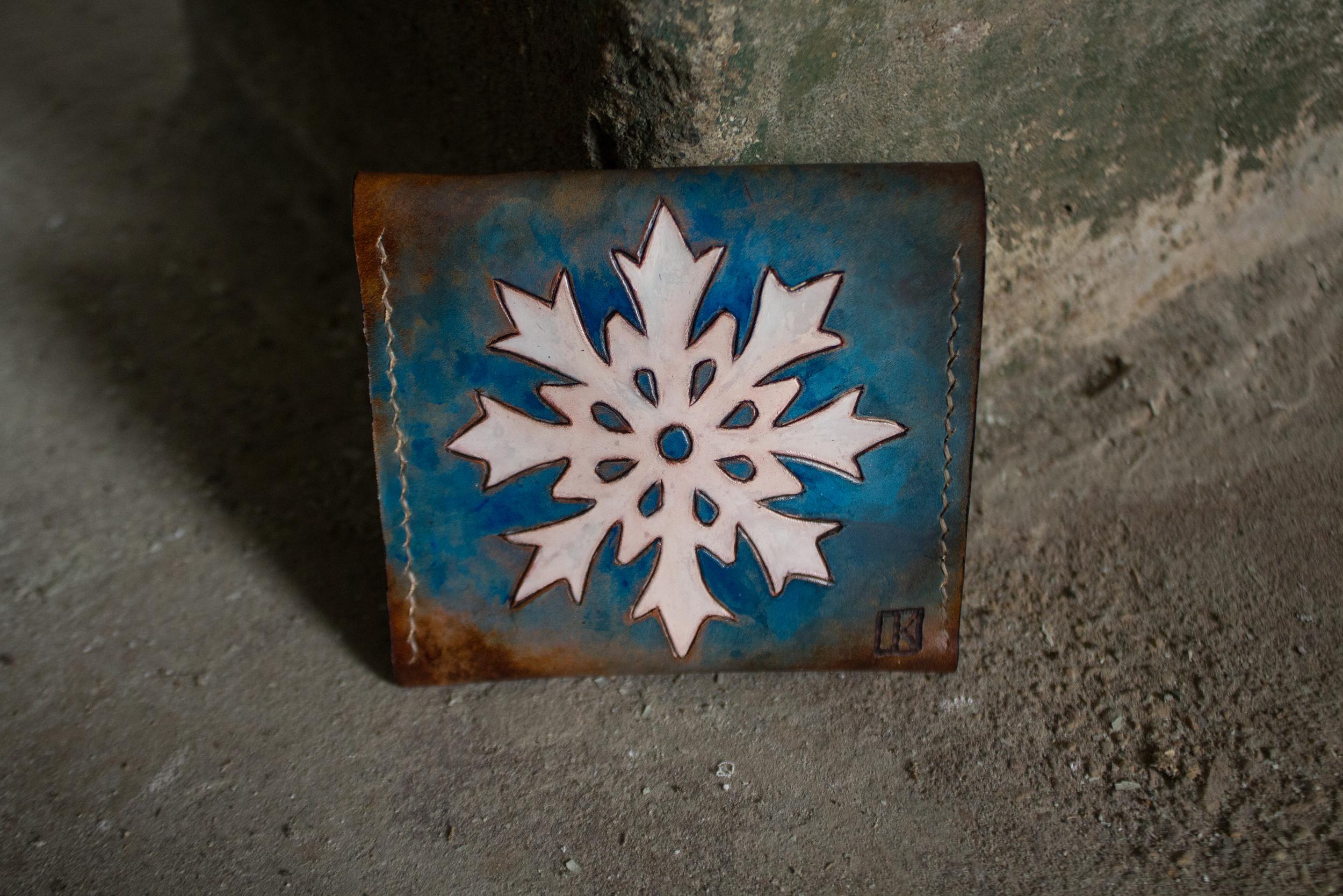 snowflake wallet leather-2.jpg