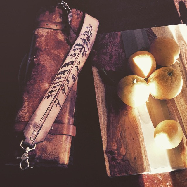 sequoia and ravens knife roll.jpg