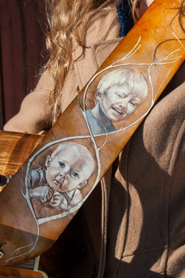 kids-portrait-leather-guitar-strap.jpg