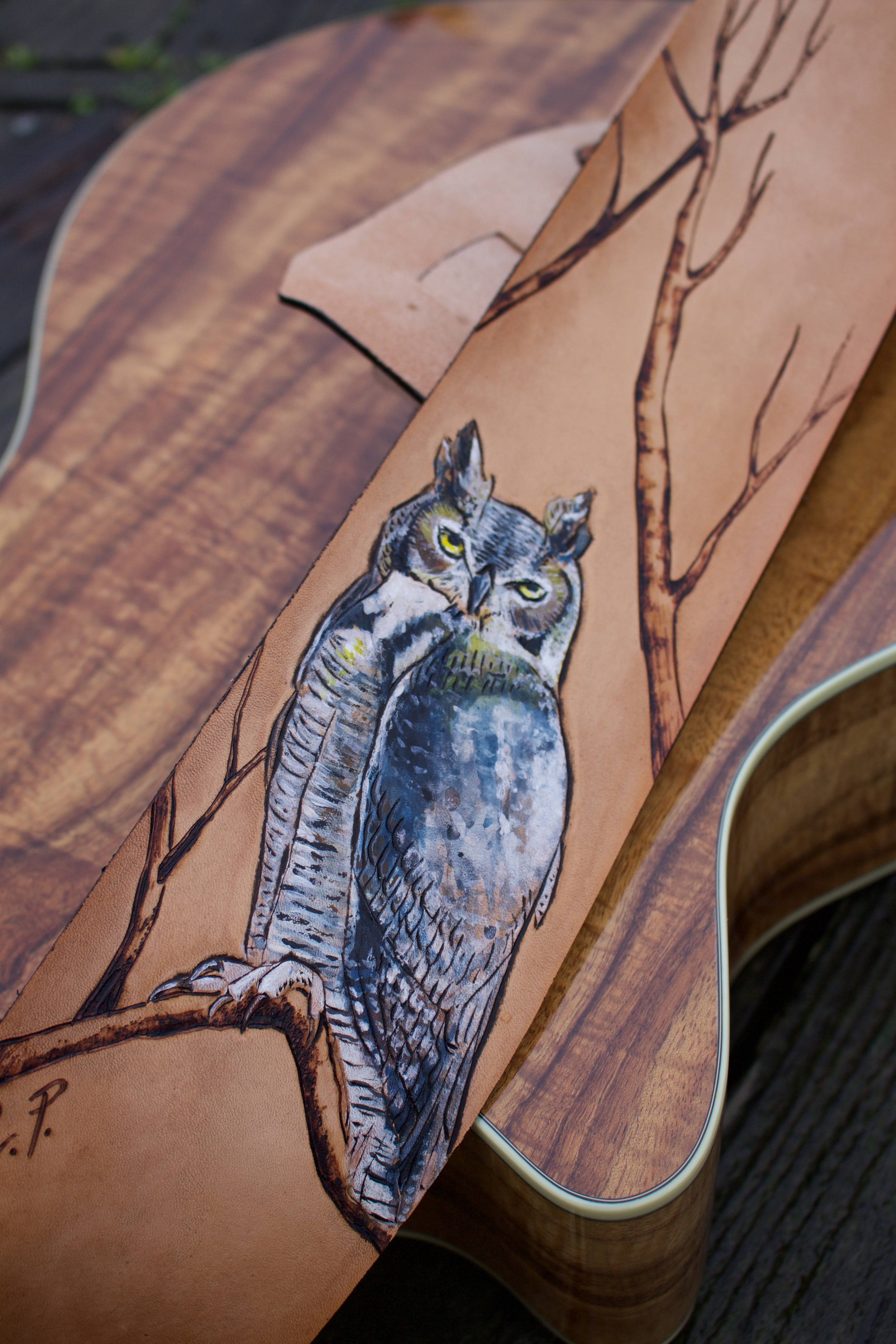 owl guitar strap 3.jpg