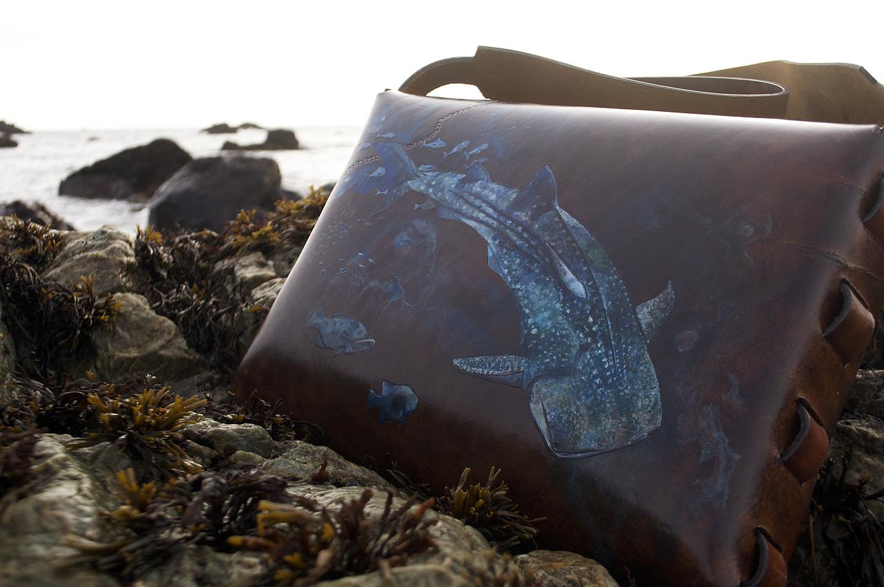 shark-bag72.jpg