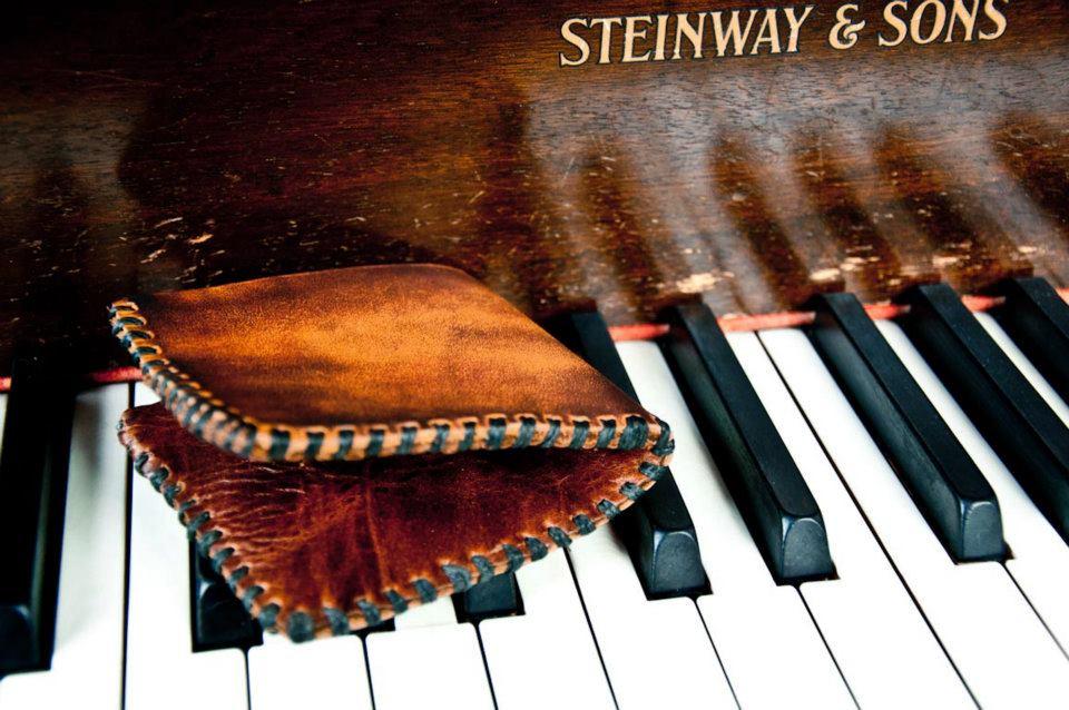 leather wallet Linny Kenney.jpg