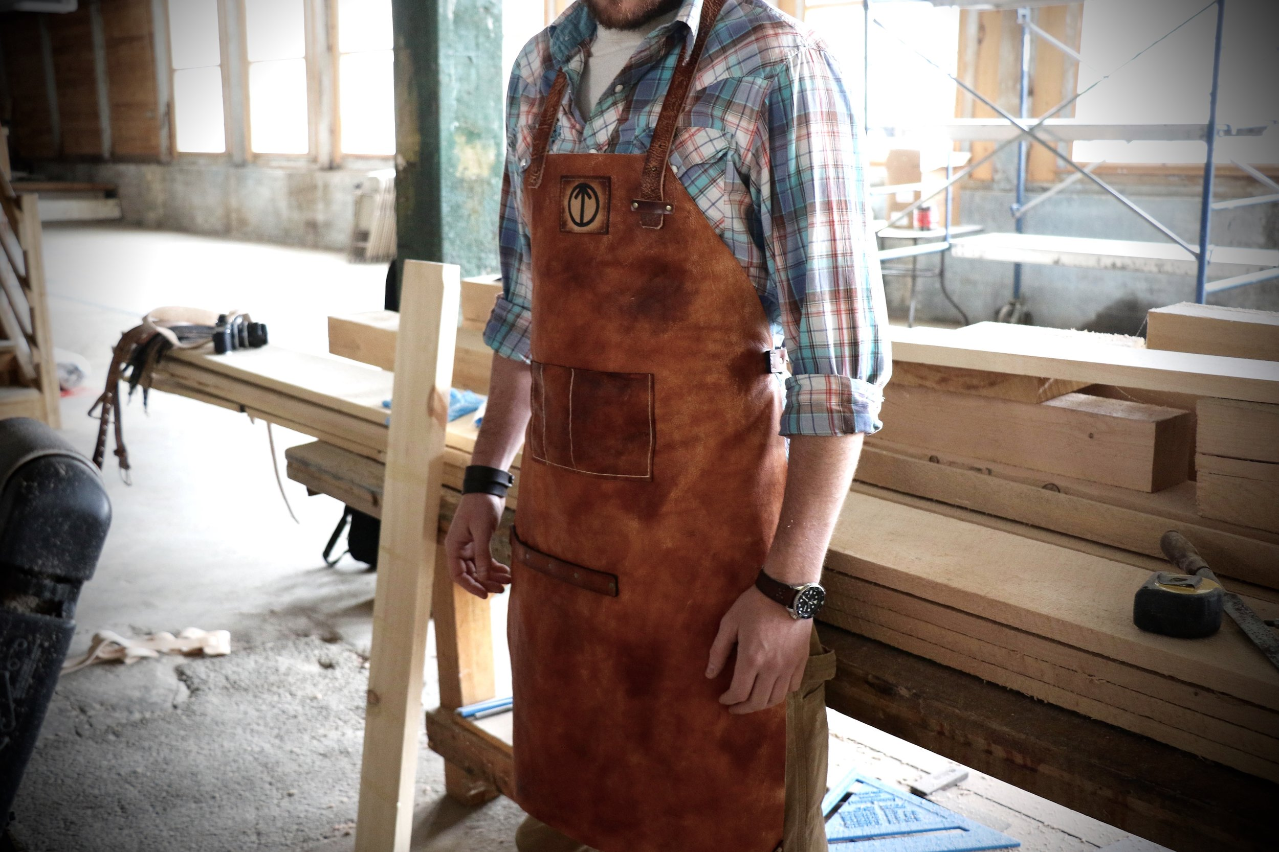 knox leather apron 2.jpg