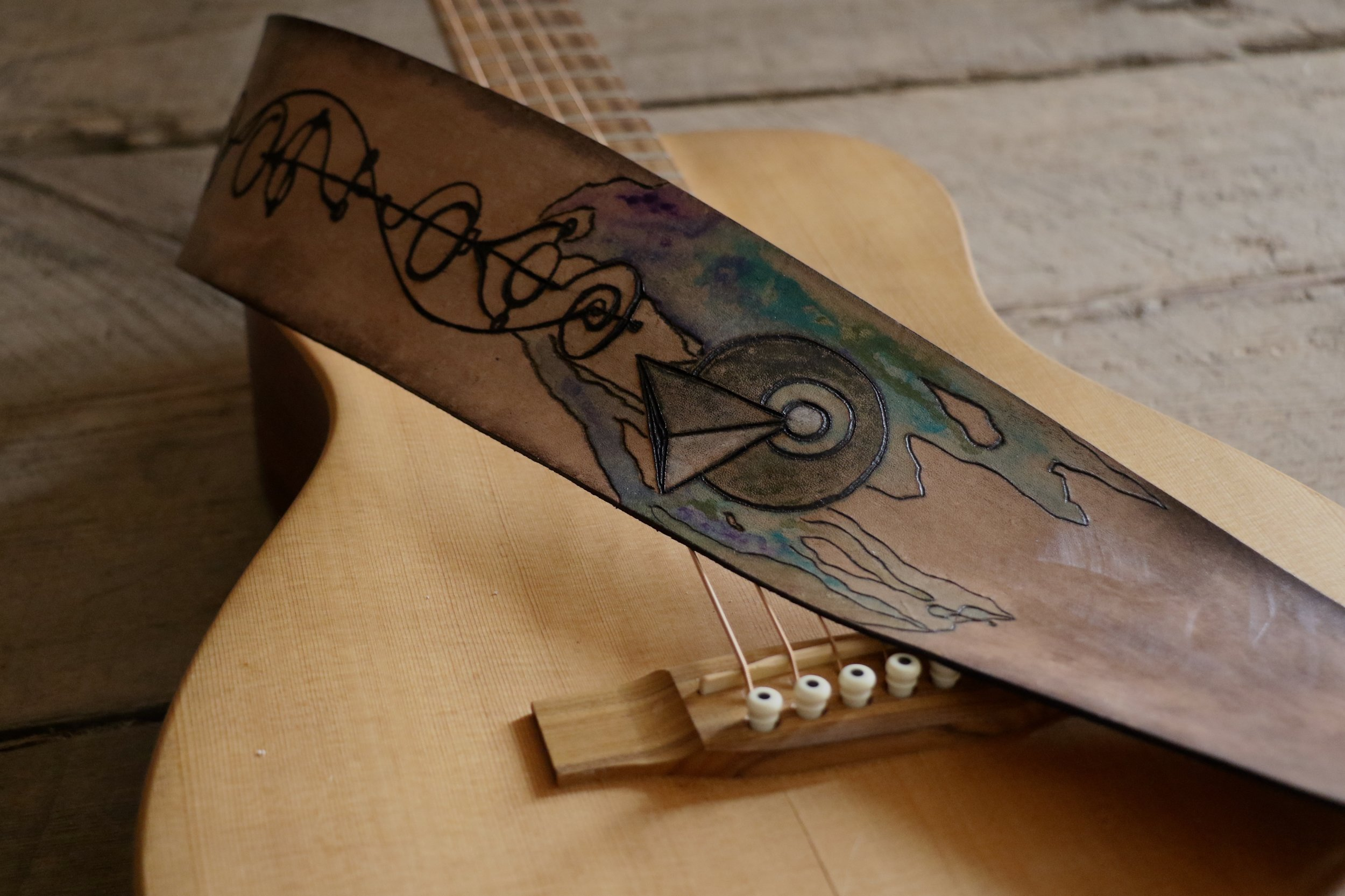 Vulcan Guitar Strap 1.jpg