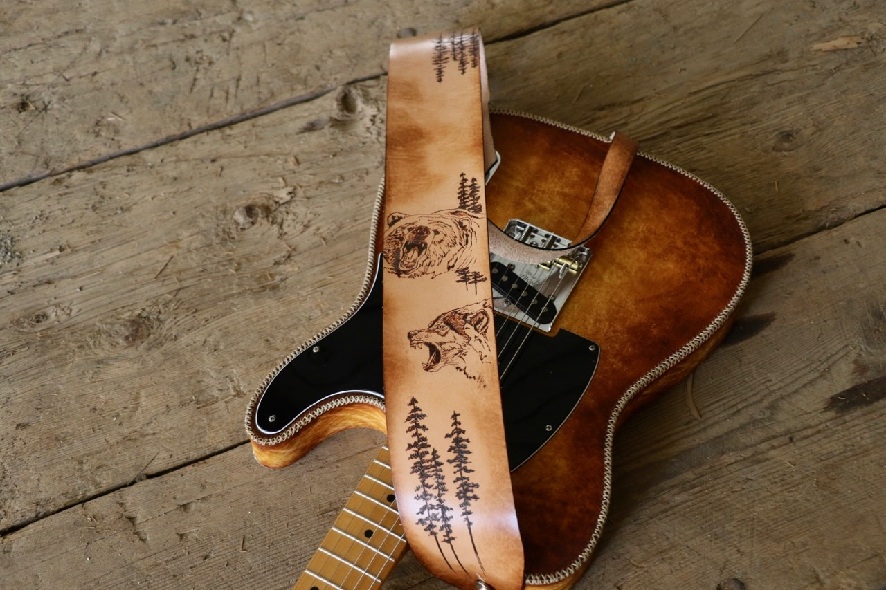 Grizzly and wolf customguitar strap