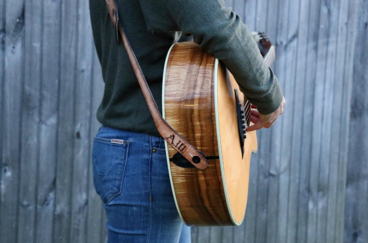 Sailboat guitar strap 7.jpg