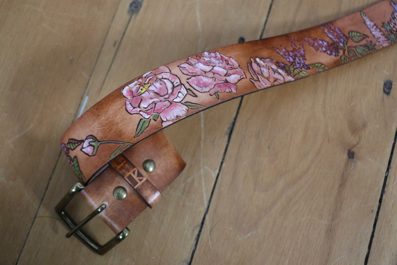 NH Flower belt with loon
