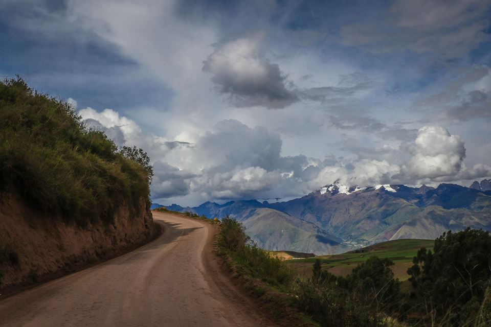 sacred valley roads