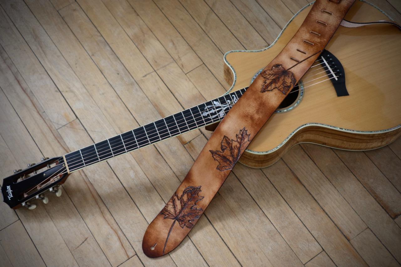 Maple leafe guitar strap 3.jpg