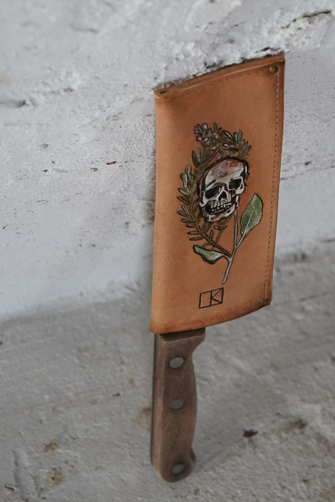 leather knife saya with skull and herbs