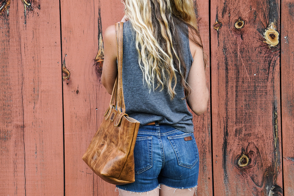 vegetable-tanned bison leather purse by Linny Kenney