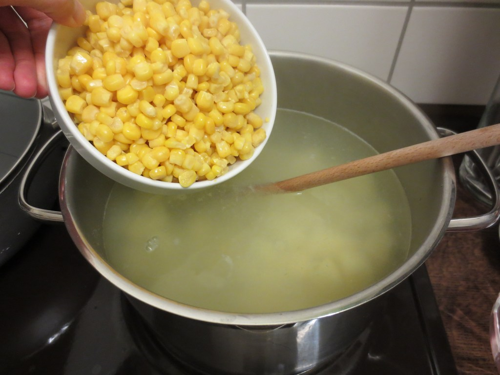 mini-2014-01-15-LanZhang-Mais-Kartoffel-Suppe-3.jpg