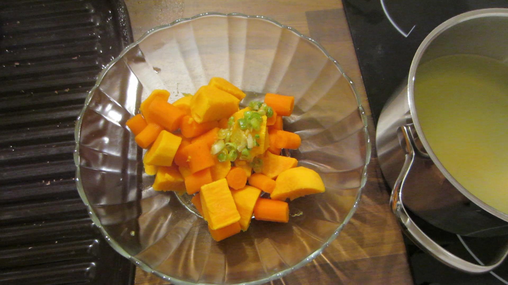 2014-04-11-Sweet-potato-carrot-mash-12.jpg