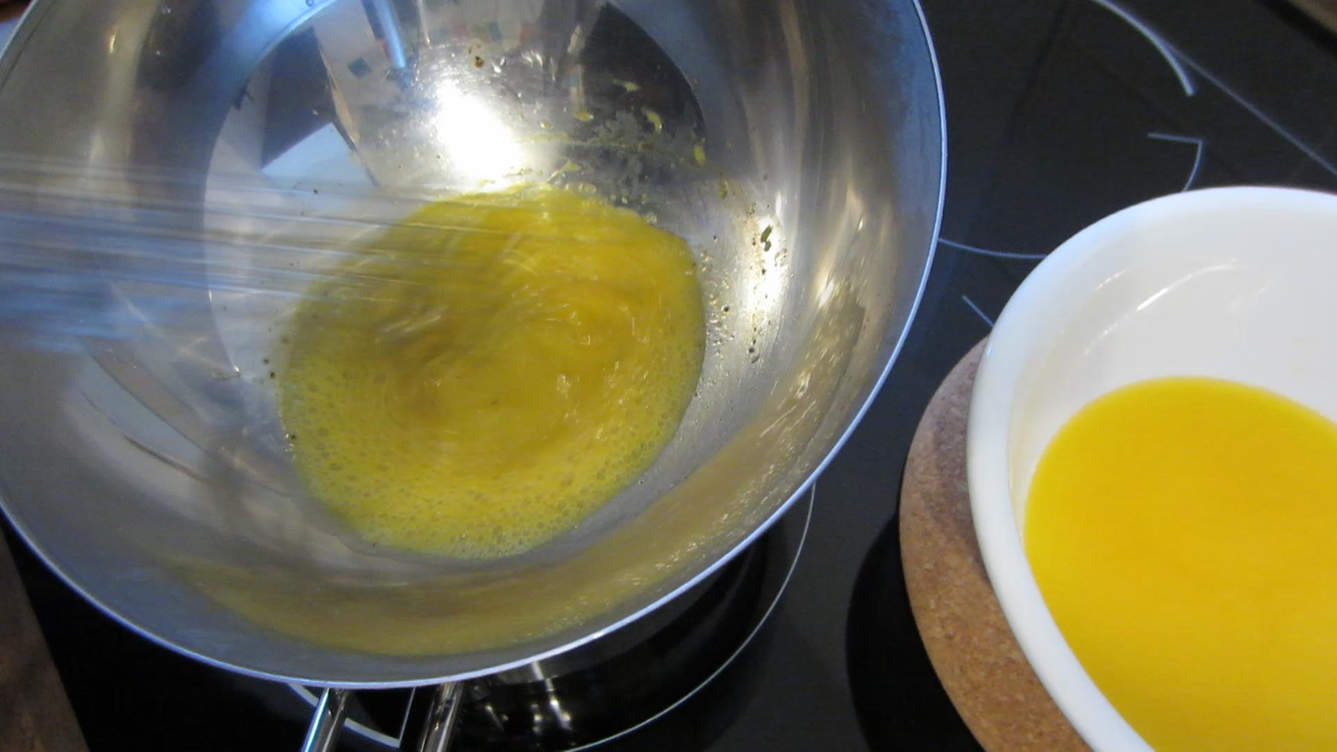 2014-04-25-Grüner-Spargel-mit-homemade-Sauce-hollandaise-12.jpg