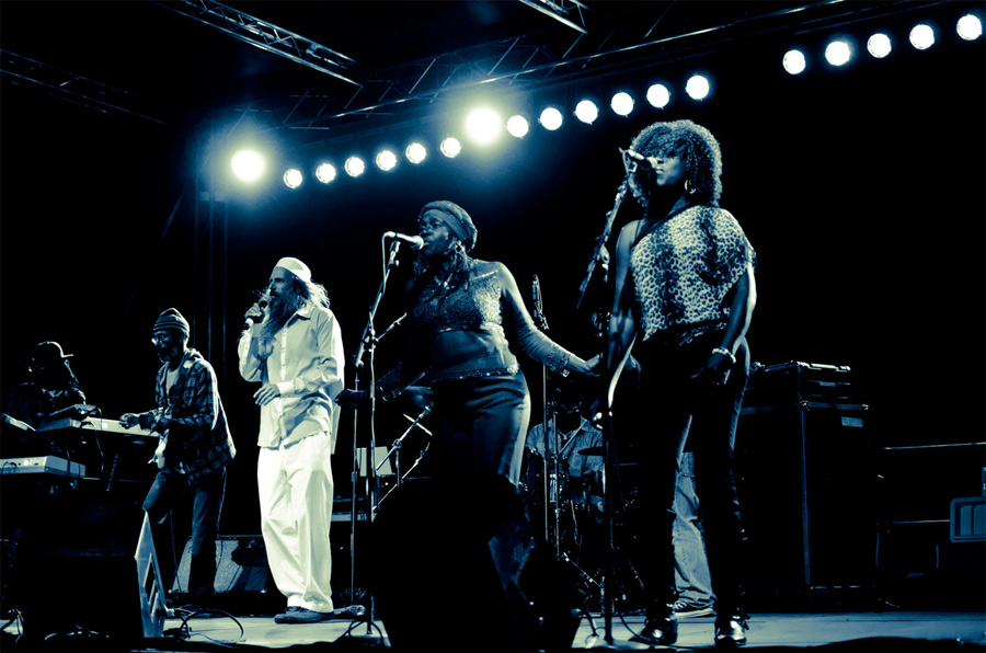 reggae angels performing.jpg