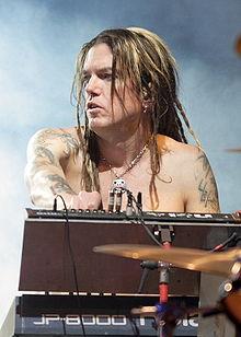 Dizzy Reed<br />(Guns N' Roses Keywordist)