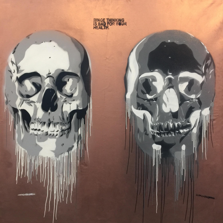 BRONZE BINGE SKULLS aerosol + stencil on canvas