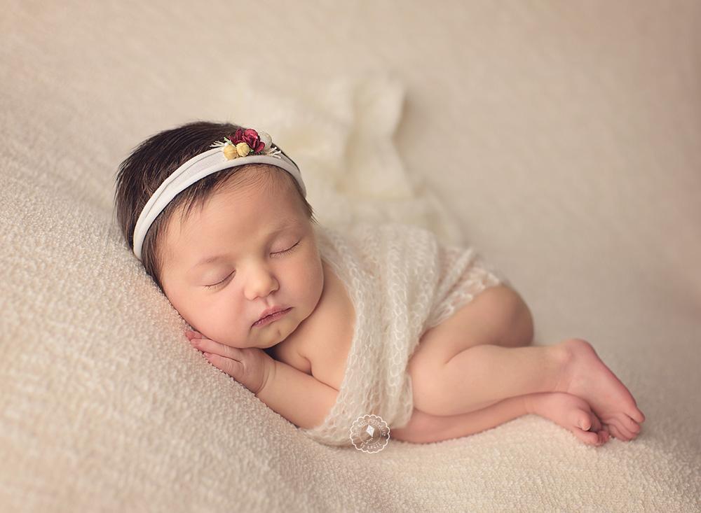 newborn session, newborn photographer, newborn photography in Boca Raton, Parkland, Coral Springs, Deerfield, Delray, Boynton, Wellington, South Florida