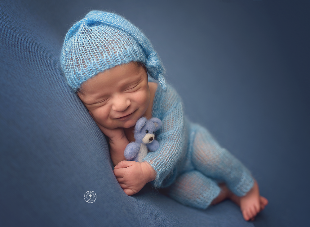 DSC_2394-newborn-session-boca-raton.png