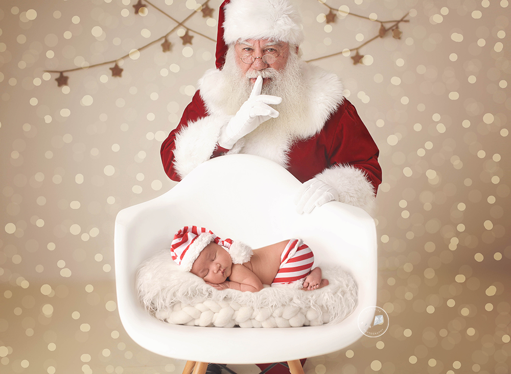 Santa-baby-Boca-Raton-newborn-photographer-photo-2.png