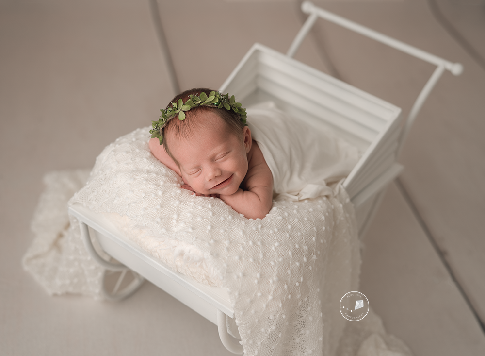 Deerfield-newborn-photographer_DSC6627.png