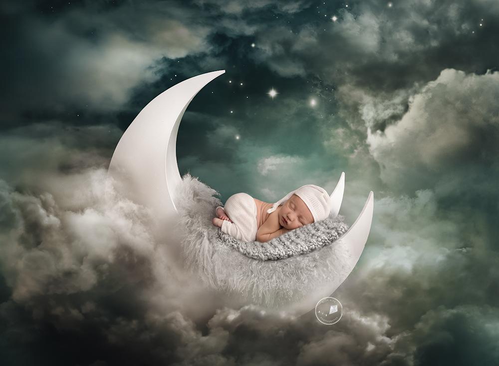 Parkland-newborn-photographer-MOON-Edit.png