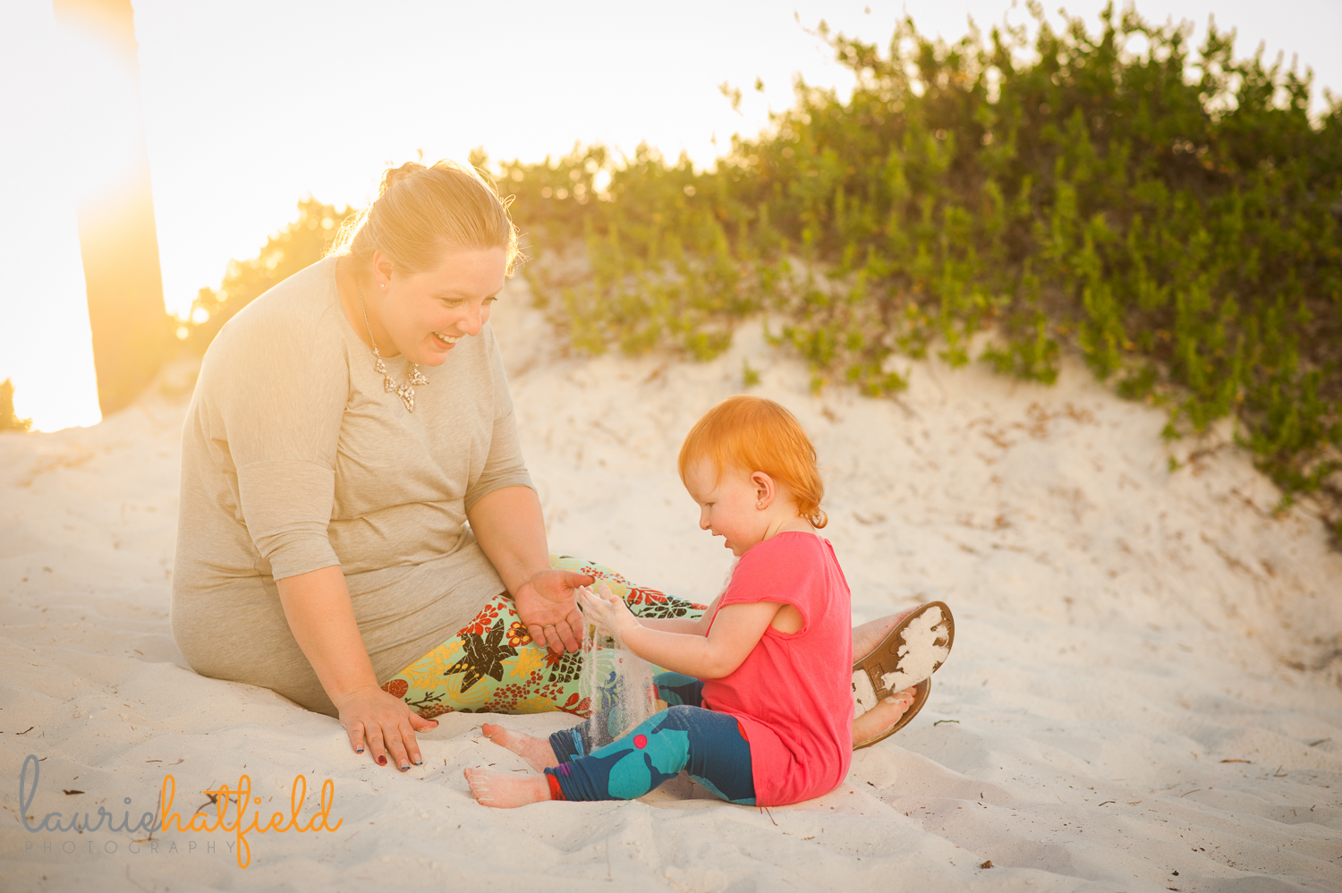 mom and 2-year-old daughter on beach | Huntsville photographer