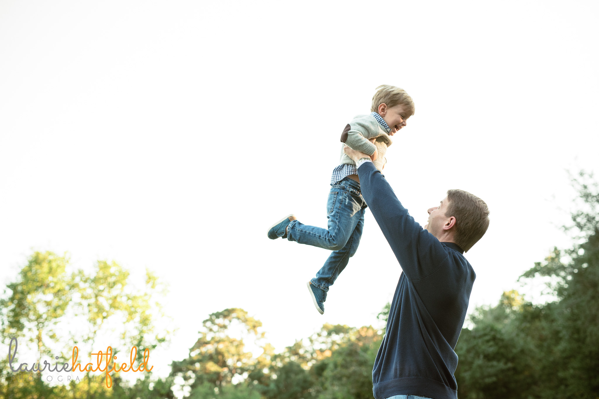 dad throwing son in air | Mobile AL lifestyle family photographer