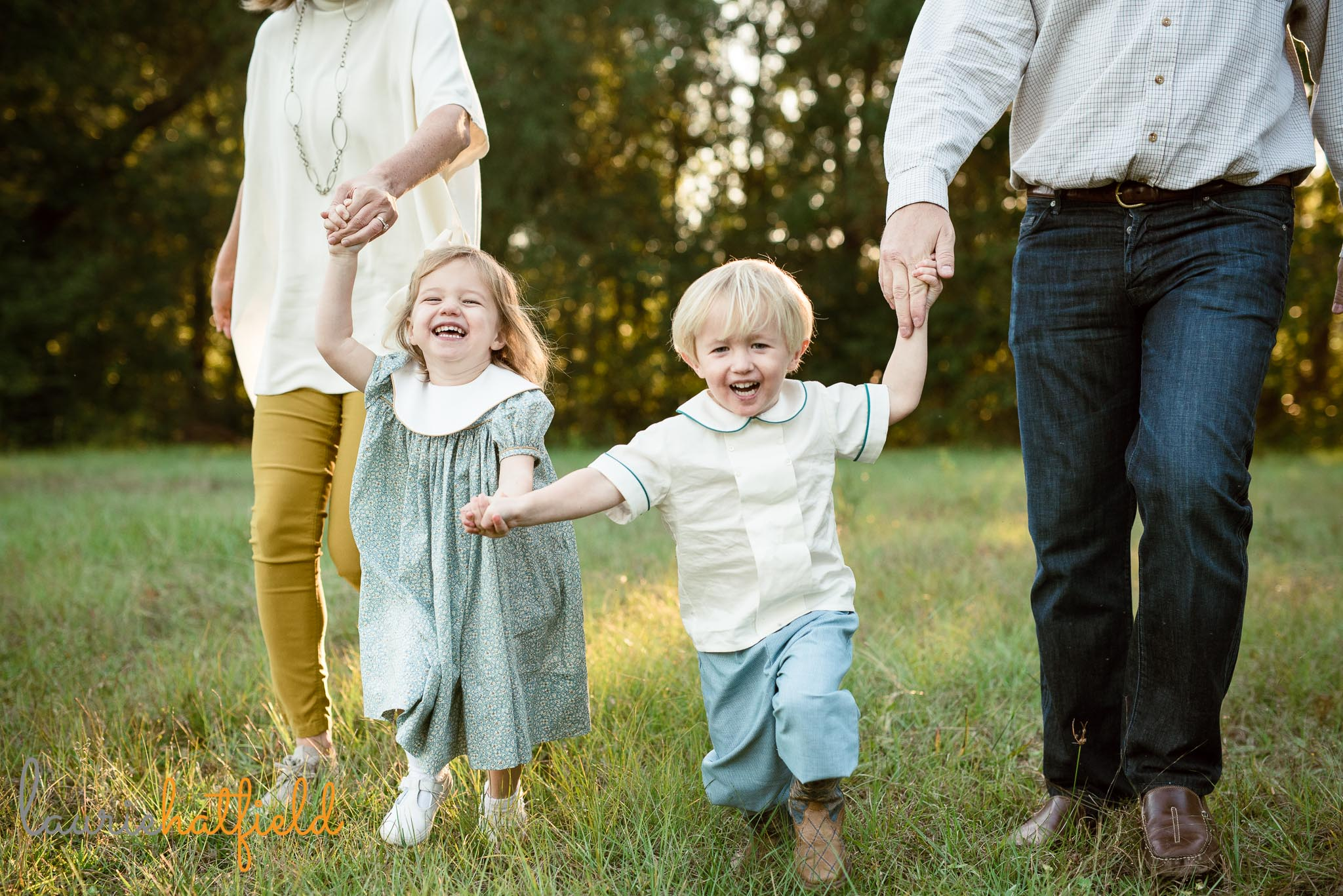 3-year-old twins photo session | Mobile AL family photographer