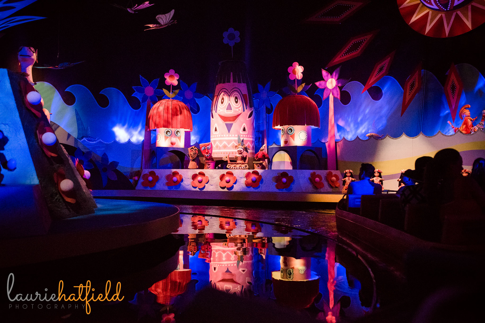It's a Small World ride | Mobile AL family photographer