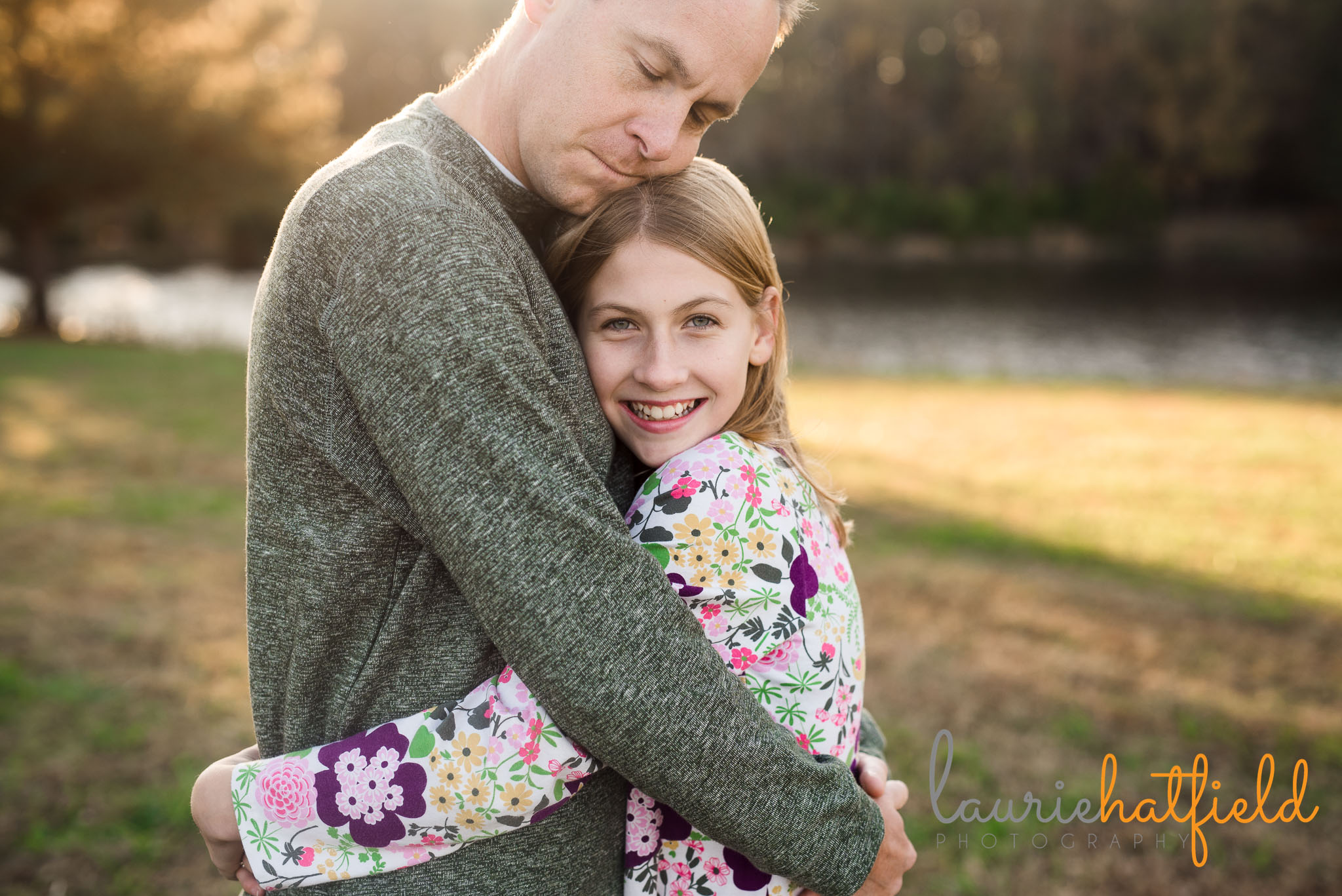 Dad hugging 11-year-old daughter | Foley AL family photographer