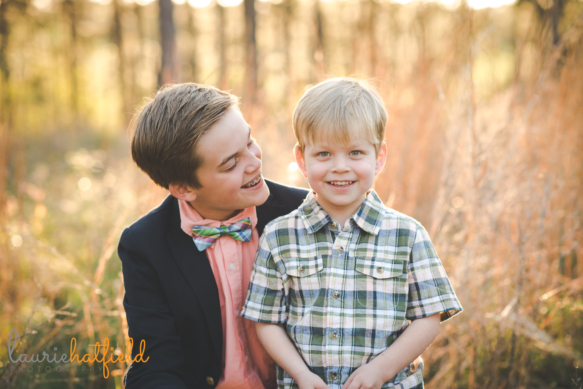two brothers in field | Foley AL family photographer