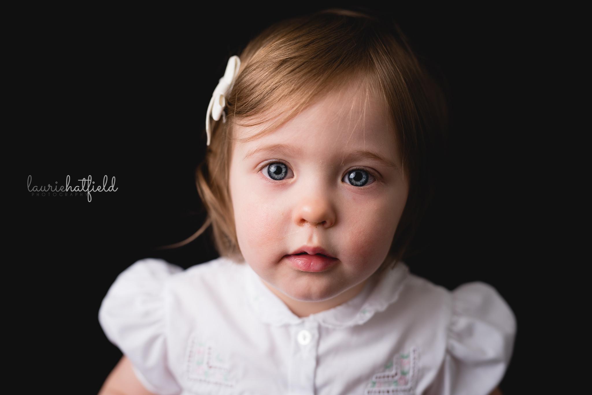 little girl with brown hair   Mobile AL fine art school portraits