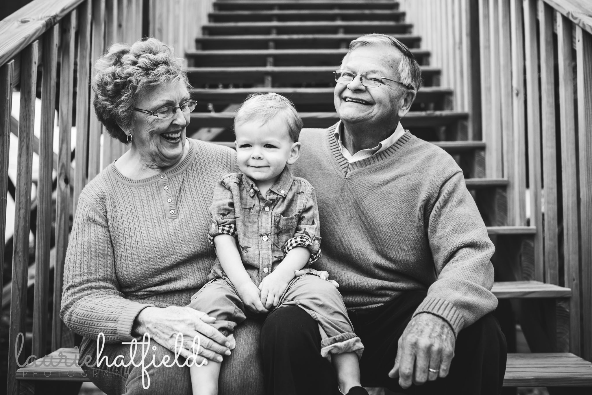 great grandparents with little boy | Huntsville Alabama extended family photo session
