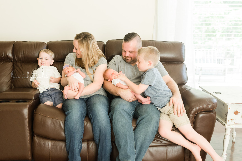 family of 6   Huntsville AL newborn photographer