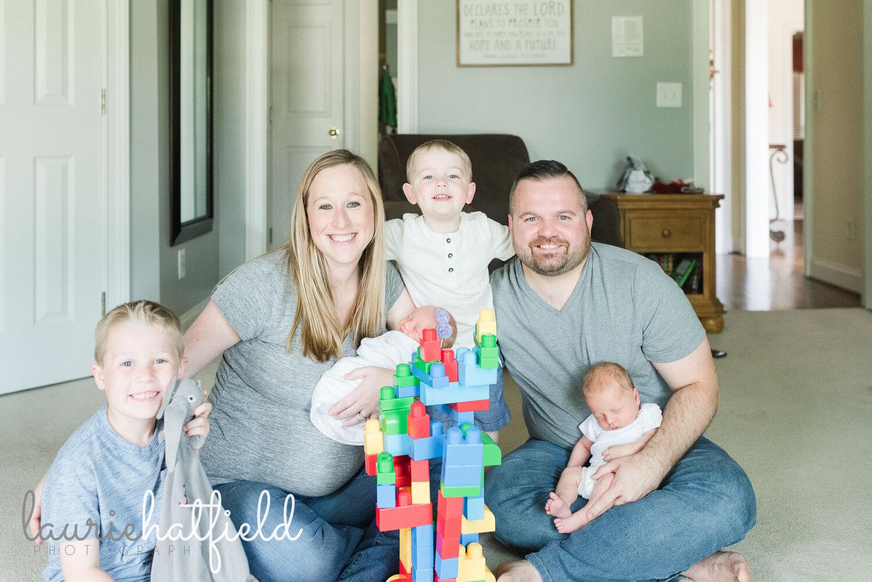 family of 6   Huntsville Alabama newborn photographer