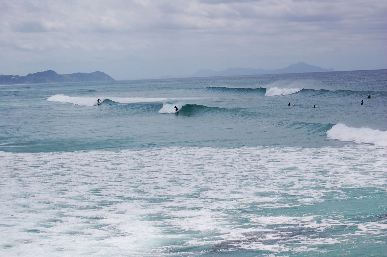 Surfer in Te Arai klein.jpg