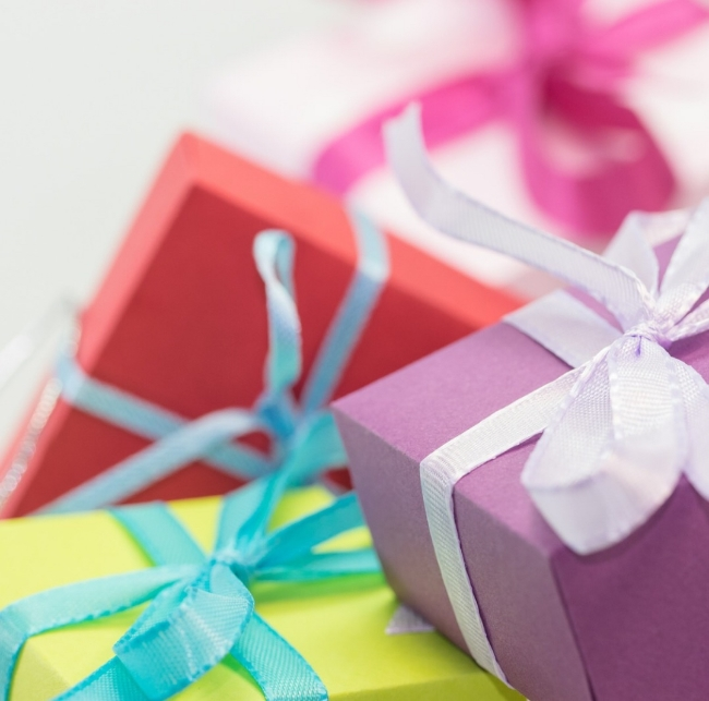 Pic of gift boxes.jpg