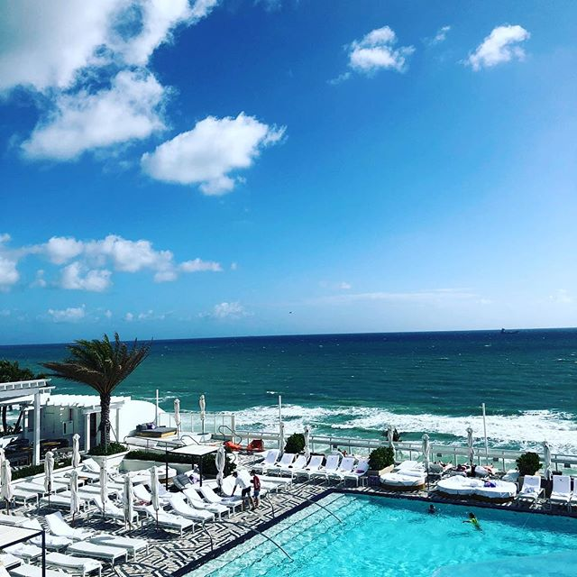 This view says it all!  Loving the Happy Marriage Retreat hosted by @drjamespierce and @staciapierce  Incredible content being shared and glad to go to the next level with @drjasonlittleton