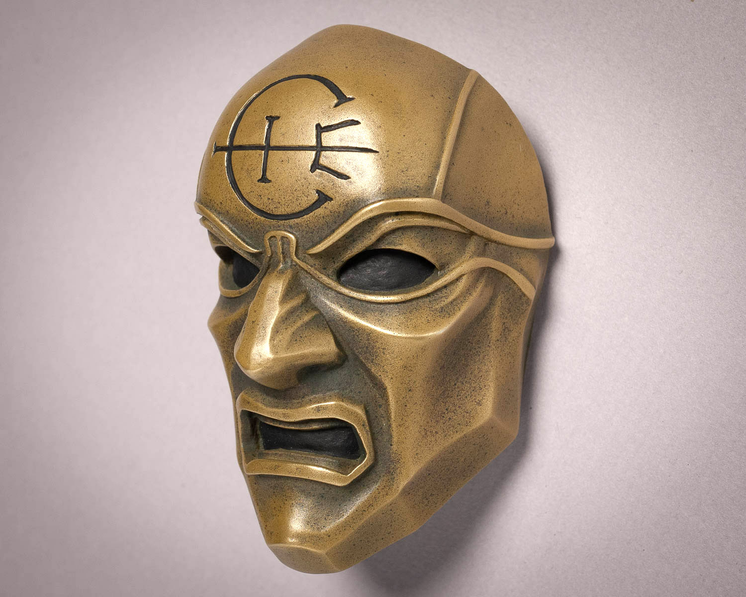 Dishonored Overseer Mini Mask Magnet Three Quarter View