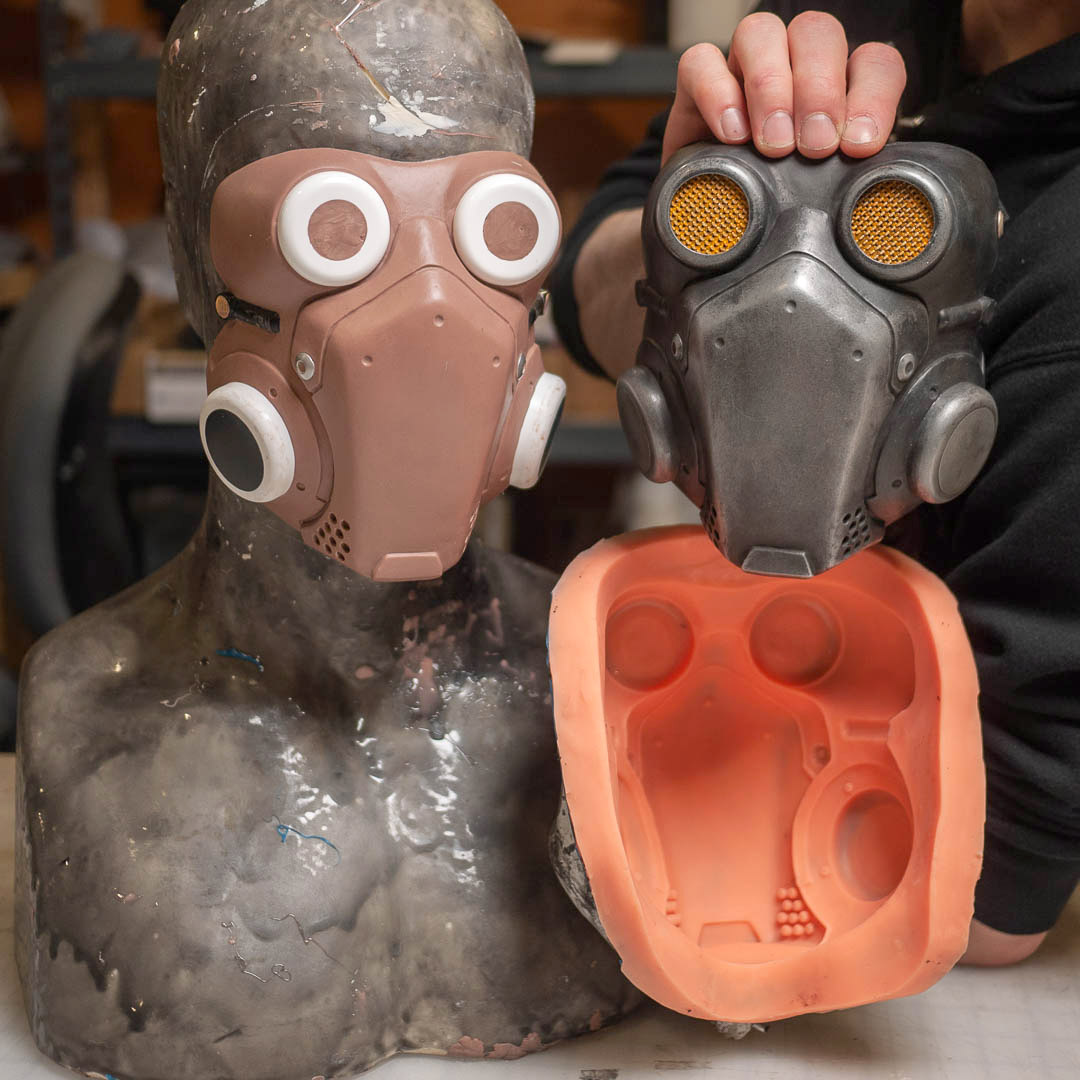 modulus-props-cyberpunk-mask-with-sculpt-and-mold.jpg